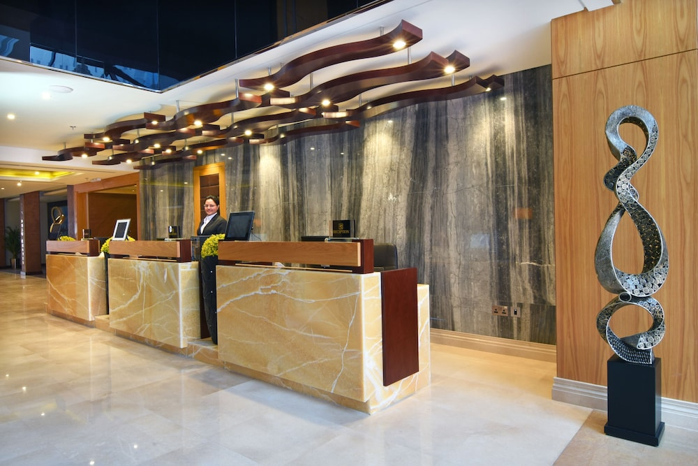 Property Entrance, Meshal Hotel & Spa
