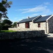 Restored Stone Barn on Farm on Wild Atlantic Way, Close to sea and Beach
