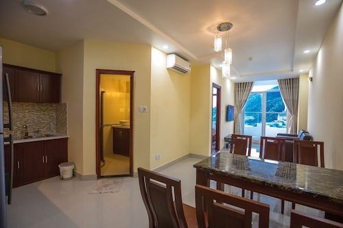Cozzy Seaview Apartment