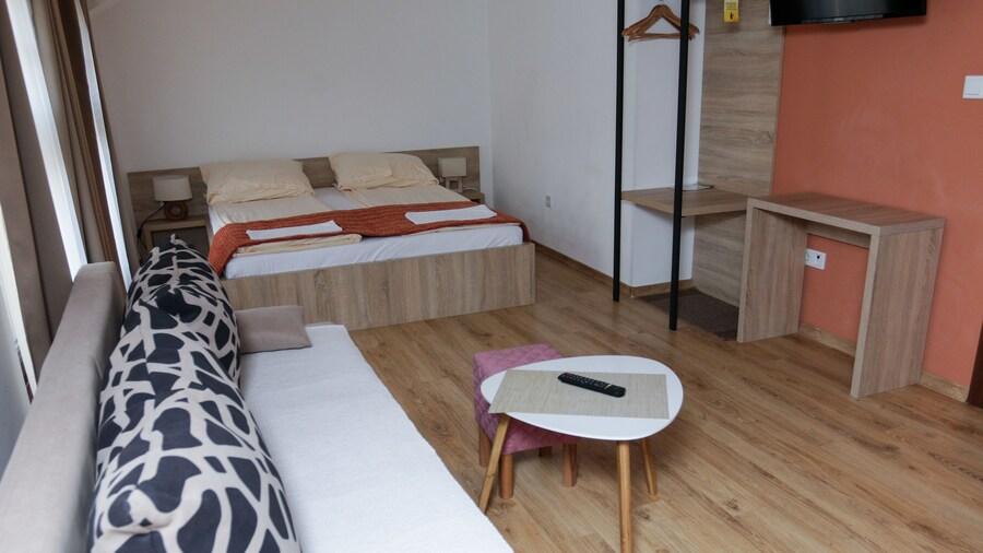 Hotel Logavina 8