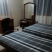 Jacobs Home-stay /quick Access to Colombo and Airport