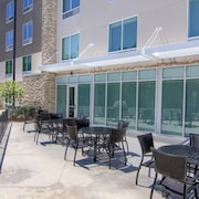 Holiday Inn Express And Suites Mobile - University Area