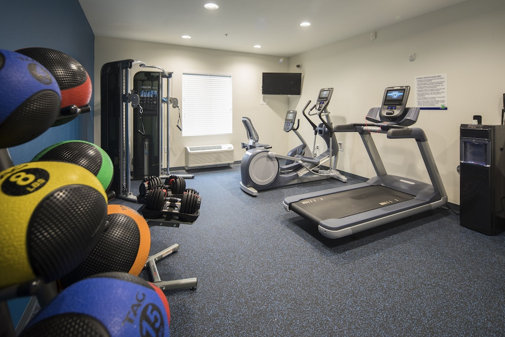 Gym, Uptown Suites Extended Stay Austin TX – North