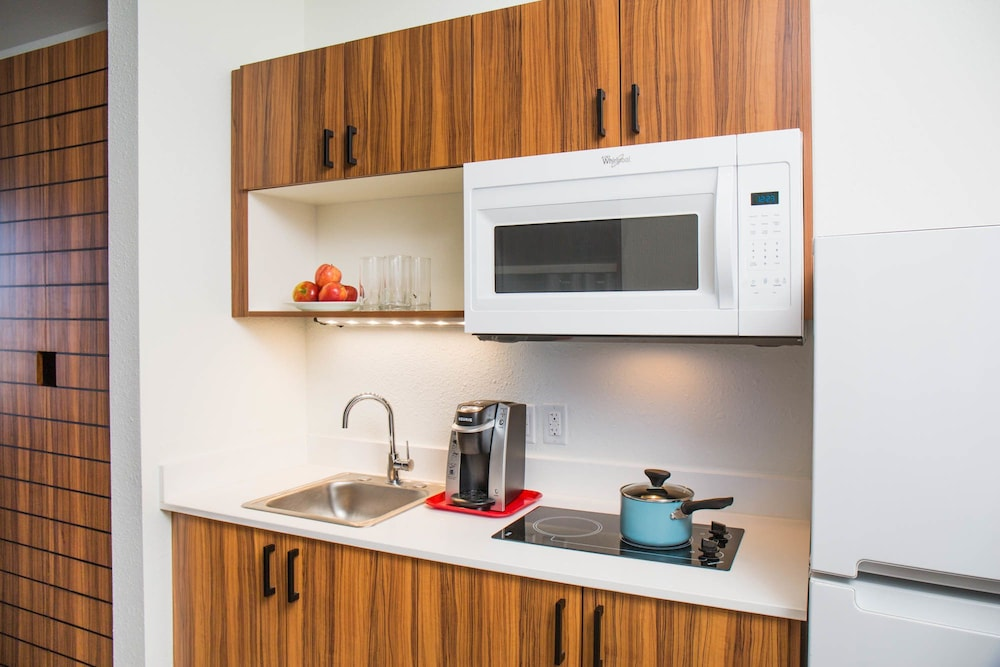 Private Kitchen, Uptown Suites Extended Stay Austin TX – North