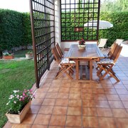 Independent Countryside Villa Near the Sea, Garden, Wi-fi, Air Conditioning, BBQ