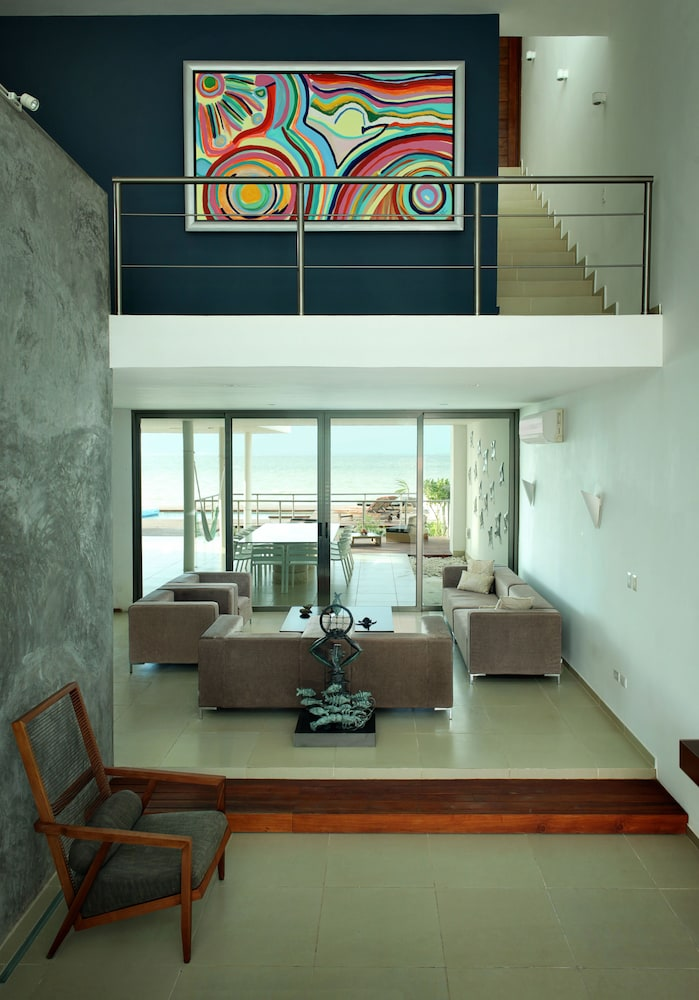 Living Area, Beachfront Upscale House in Telchac