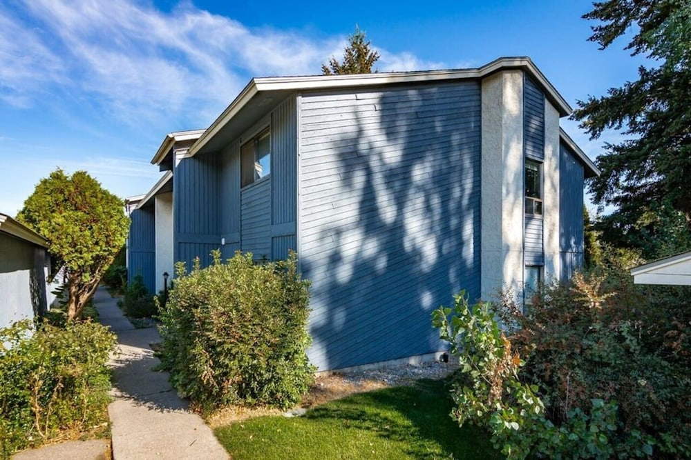 Exterior, Spokane Valley Condo! Short Drive to Downtown!