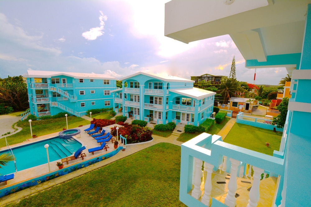 Yes Rent Me In Belize B2 Sunset Beach Condos Beachfront W