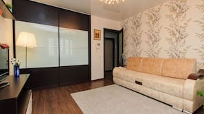 100-cm flat-screen TV with cable channels