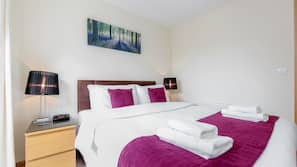 1 bedroom, in-room safe, iron/ironing board, free WiFi