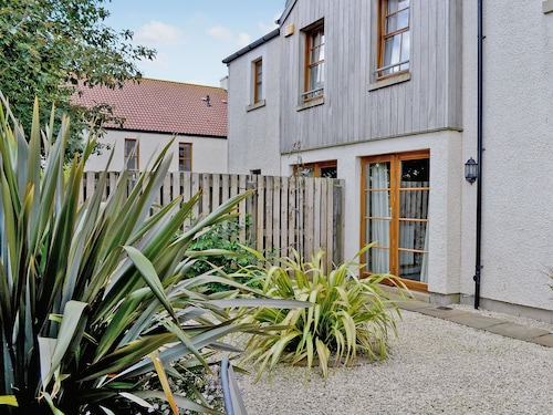 3 Bedroom Accommodation in Crail