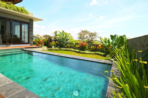 The Ocean Views Luxury Villas & Apartment