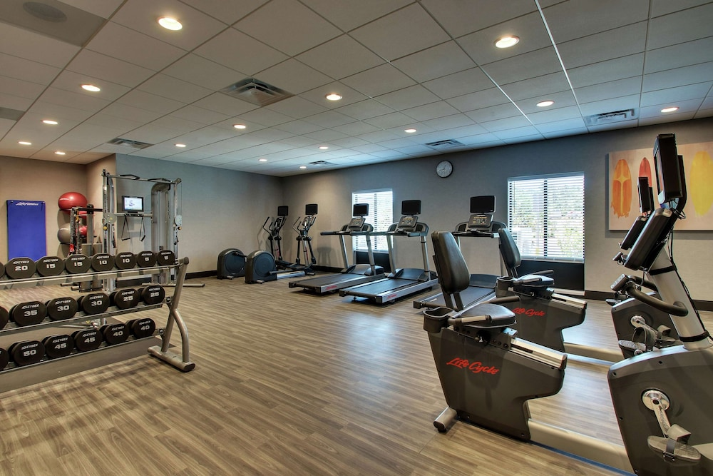 Fitness Facility, Hampton Inn & Suites Southport
