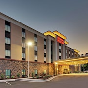 Hampton Inn & Suites Southport