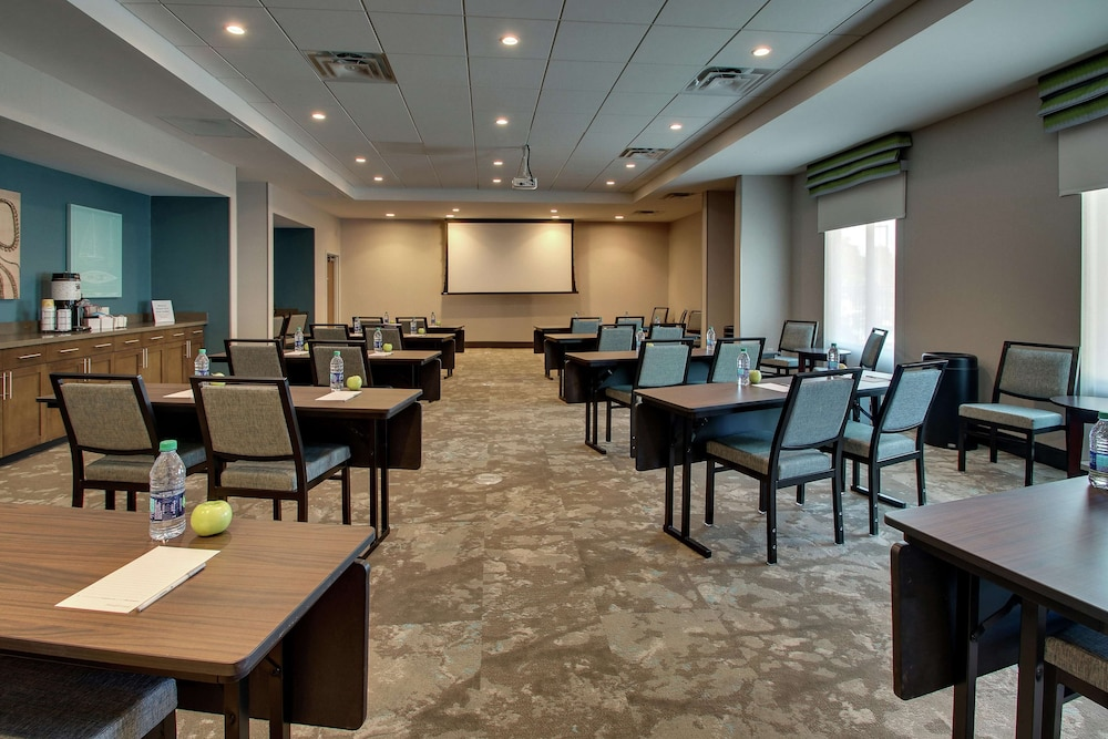 Meeting Facility, Hampton Inn & Suites Southport