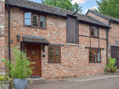 2 Bedroom Accommodation in Ledbury