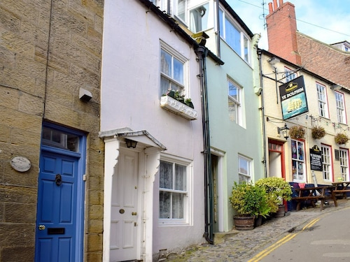 1 Bedroom Accommodation in Robin Hoods Bay, Near Whitby