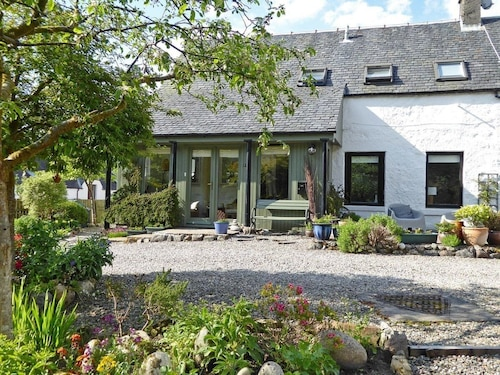 2 Bedroom Accommodation in Torlundy, Fort William