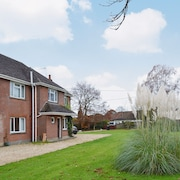 1 Bedroom Accommodation in Furze Hill, Near Wimborne