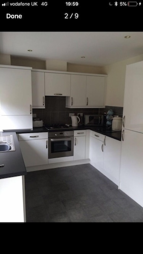 3 Bedroom Kingseat House, Garden, Parking AND Fast Fibre Wifi