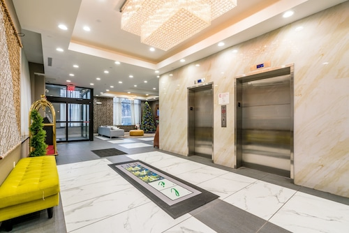 LeTap Hotel near AirTrain JFK Airport