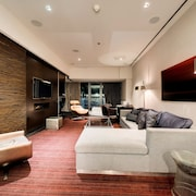 StripViewSuites at Palms Place Penthouses