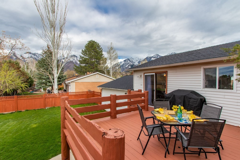 Terrace/Patio, 9 Miles to Snowbird, UV Disinfectant in Furnace & air Purifier