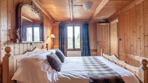 9 chambres, fer et planche à repasser, Wi-Fi, draps fournis