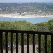 Enjoy the Beautiful View and Family Fun!! L1386