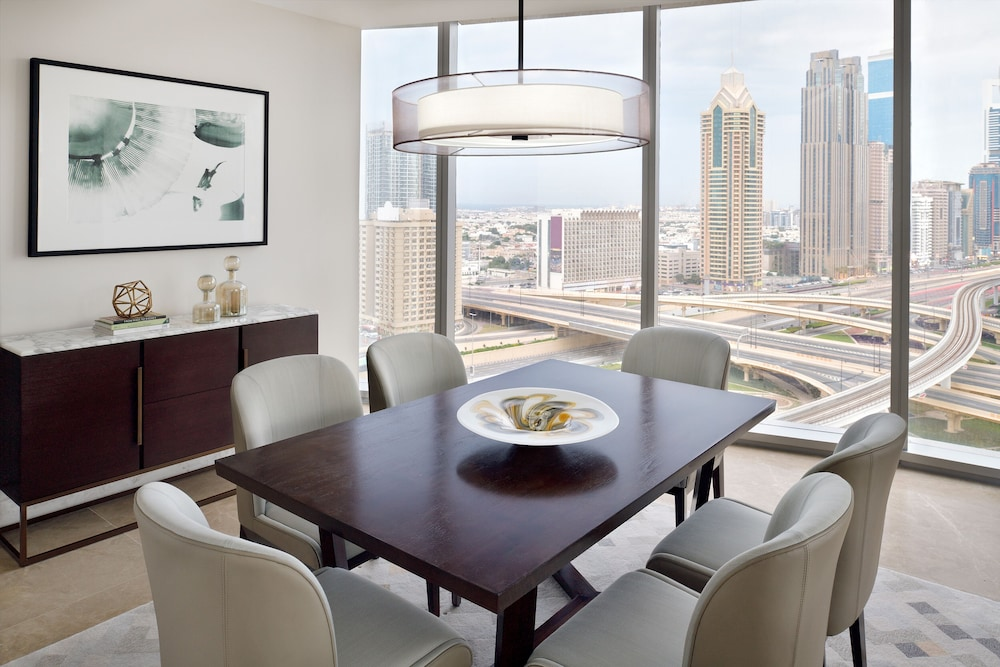In-Room Dining, Address Sky View