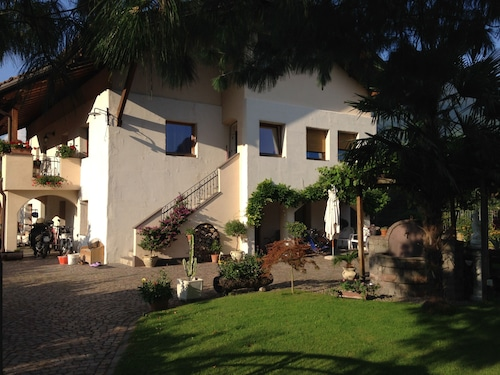Giulia Apartment an Oasis of Tranquility Just Outside Bolzano