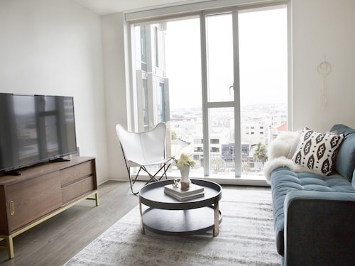 Great Place to stay Distinctive 1BR in Soma by Sonder near San Francisco