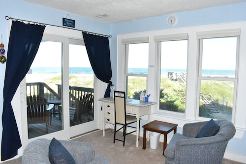 Beautiful 1st Floor Oceanfront Condo