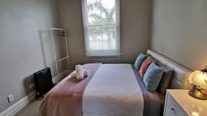 1 bedroom, hypo-allergenic bedding, down duvets, Select Comfort beds