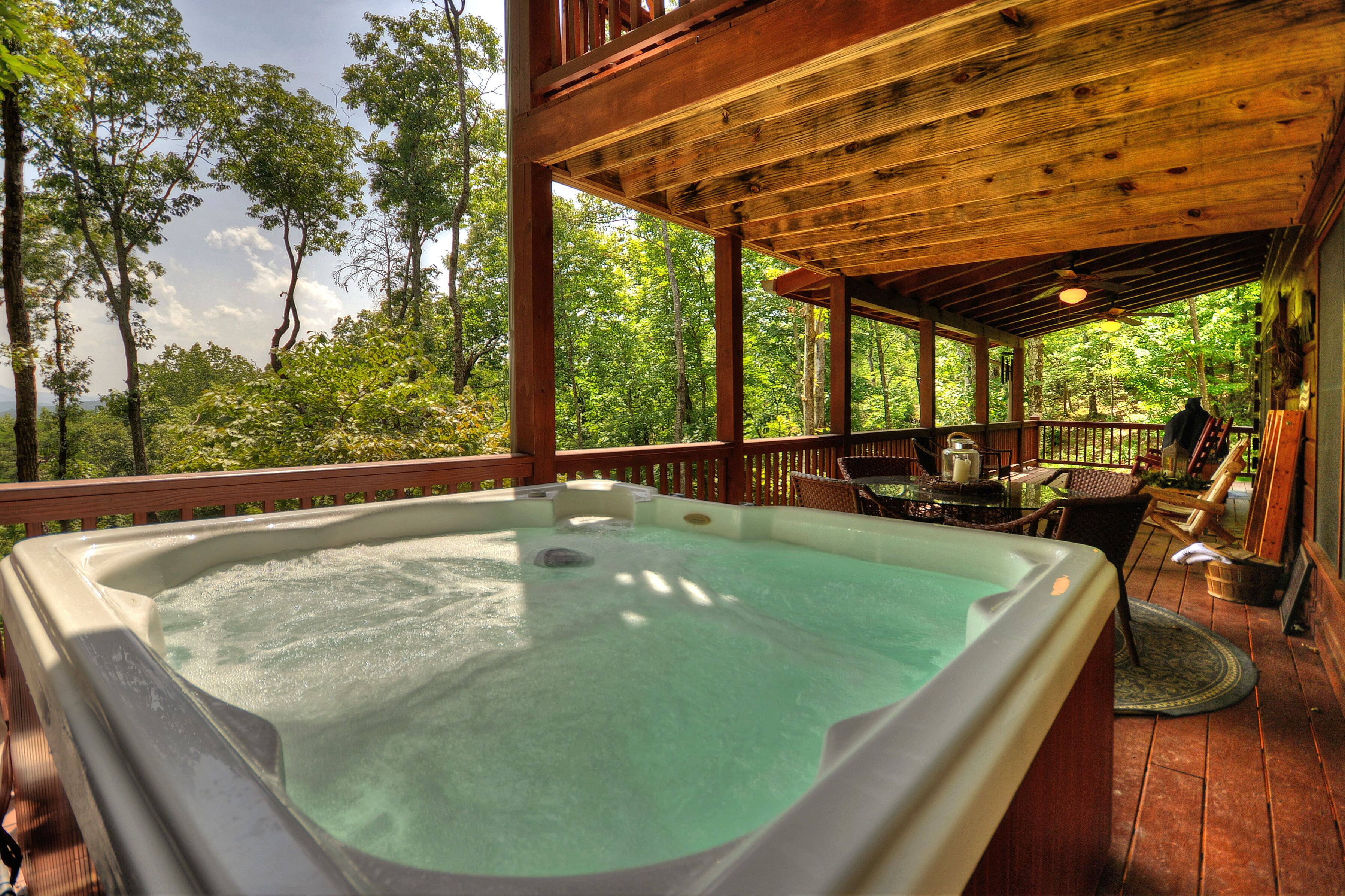 Incredible Views Beautiful Cabin Well Appointed Decor Hot Tub A Location Blue Ridge Hotelbewertungen 2020 Expedia De