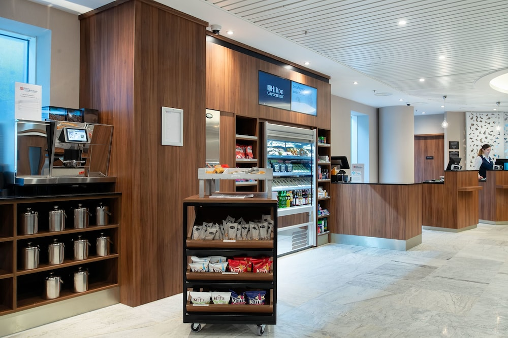 Coffee Shop, Hilton Garden Inn London Heathrow Terminal 2 and 3