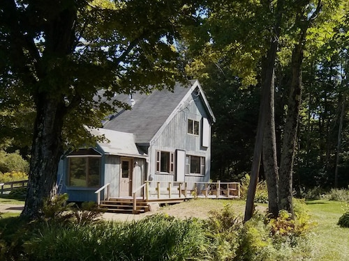 Country Home With Babbling Brook and Pond View- Minutes to Berkshire East Resort