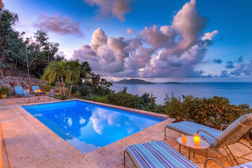Azure Vista - 10% Discount at Relaxing Family Villa With Amazing Views and Pool