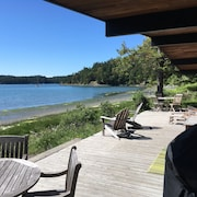 Recently Remodeled Waters Edge On Westcott Bay
