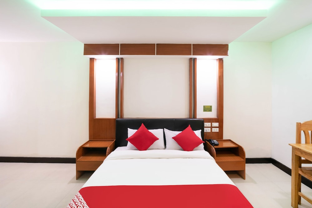 OYO 195 Ranchotel - Binan : 2019 Room Prices $35, Deals