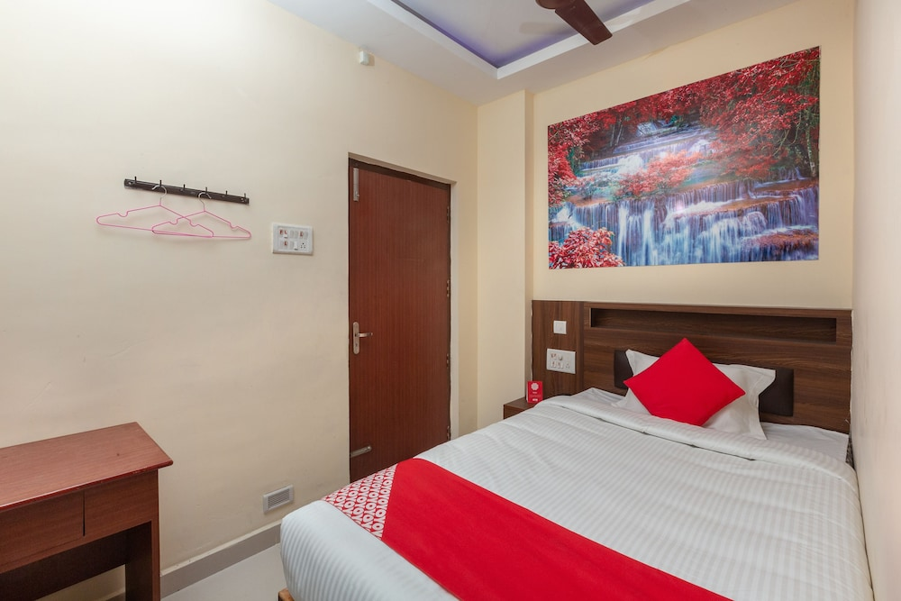 OYO 23687 Kumaran Millennium Residency Deals & Reviews (Gudiyatham