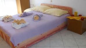Internet, bed sheets