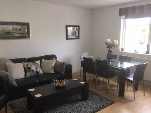 St Andrews Modern Flat 3 bed