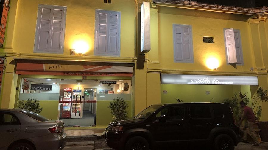 Snooze Inn Dunlop Street - Hostel
