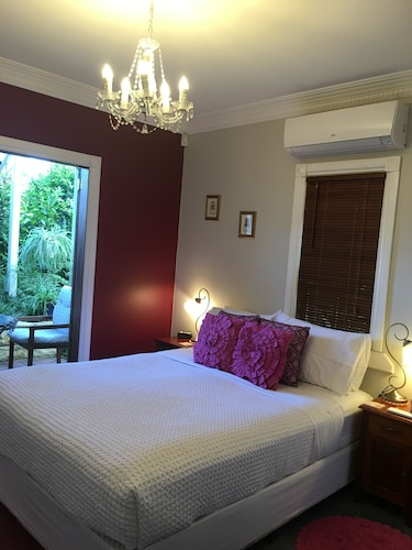 Swan Inn Bed and Breakfast