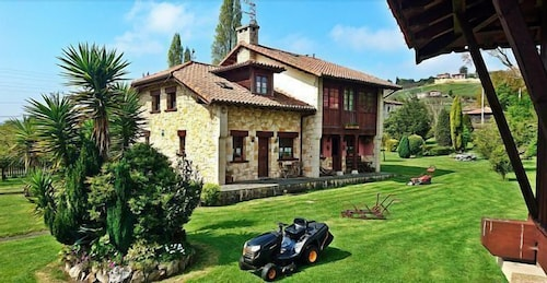 Asturias Apartments Rurales Naveces -accommodation Rural Naveces for 2/5 Person