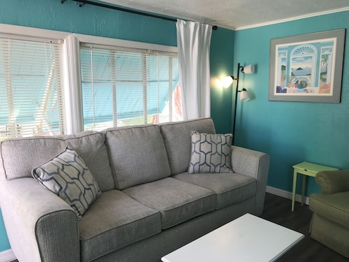Marlin Cottage -pet Friendly -senior Veteran Discounts
