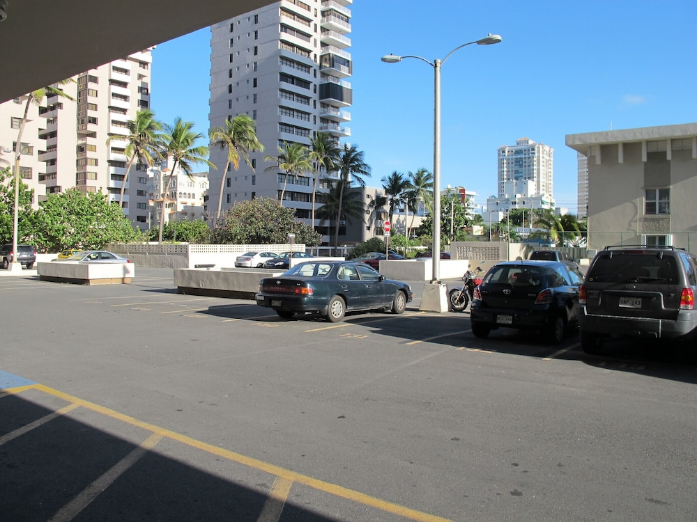 Parking, Beachfront ON Beach - Ocean View Balcony With Pool & Casino! Discount