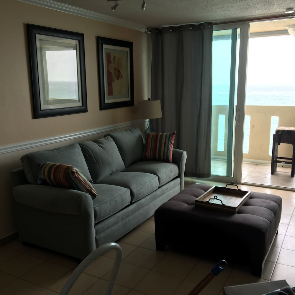 Living Room, Beachfront ON Beach - Ocean View Balcony With Pool & Casino! Discount