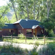 Woods Landing Guest Cabin on the Big Laramie River